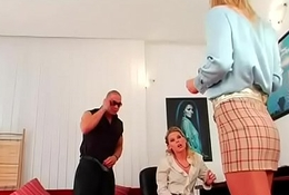 Serf tortured by female-dom