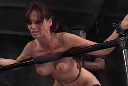 Threeway fucked sub gaggs on maledom cock
