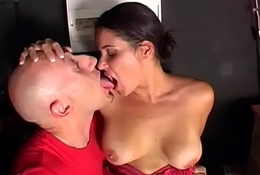 Zoccolissime al club prive (Full Porn Movie)