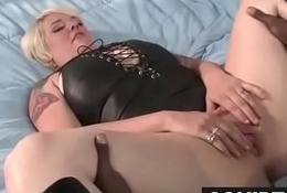 a very sexy squirt queen 28