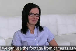 Spex euro MILF fucked and fingered at casting