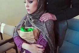 Real muslim babe tastes hot cum for cash