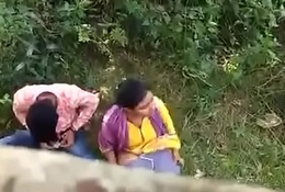 Indian couple graveolent on hidden camera