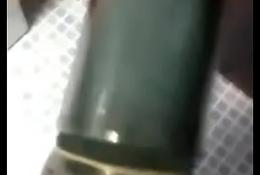 Se masturba con juguete casero #Angelito