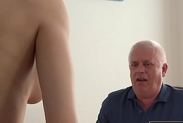 Young Cooky Fucked by Old Man In Office Deepthroat Blowjob and Cumshot