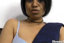 Indian MILF spreads their way hairy pussy and fucks their way big ass
