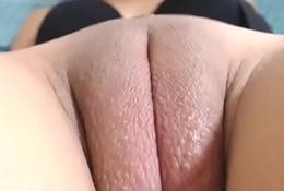 Hot girl fat pussy plug show xxx