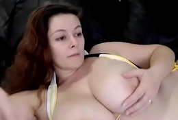Chubby bbw with chunky boobs live chatting webcam
