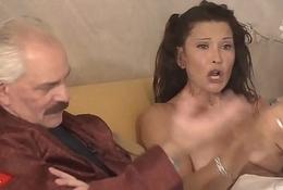 Erotic Room-Ospite Nikita