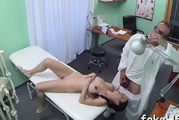 Hot doctor loves pretentiously knobs
