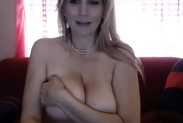 Big tits blonde chat girl on cam